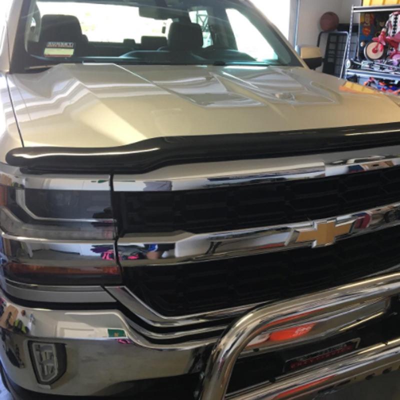 Auto Ventshade 21956 Hoodflector Hood Protector Fits 19-20 Silverado 1500